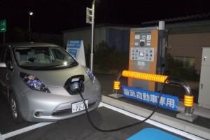 中日本高速道路の充電