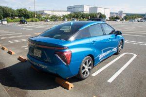 燃料電池車ミライ